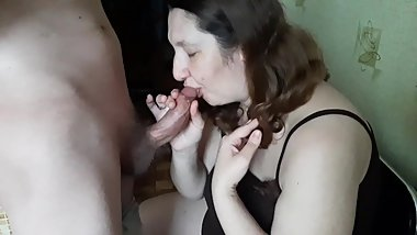 Wife made a Blowjob in the kitchen