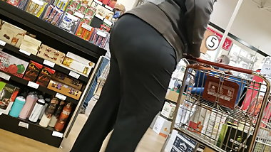 Big Ass Milf 3